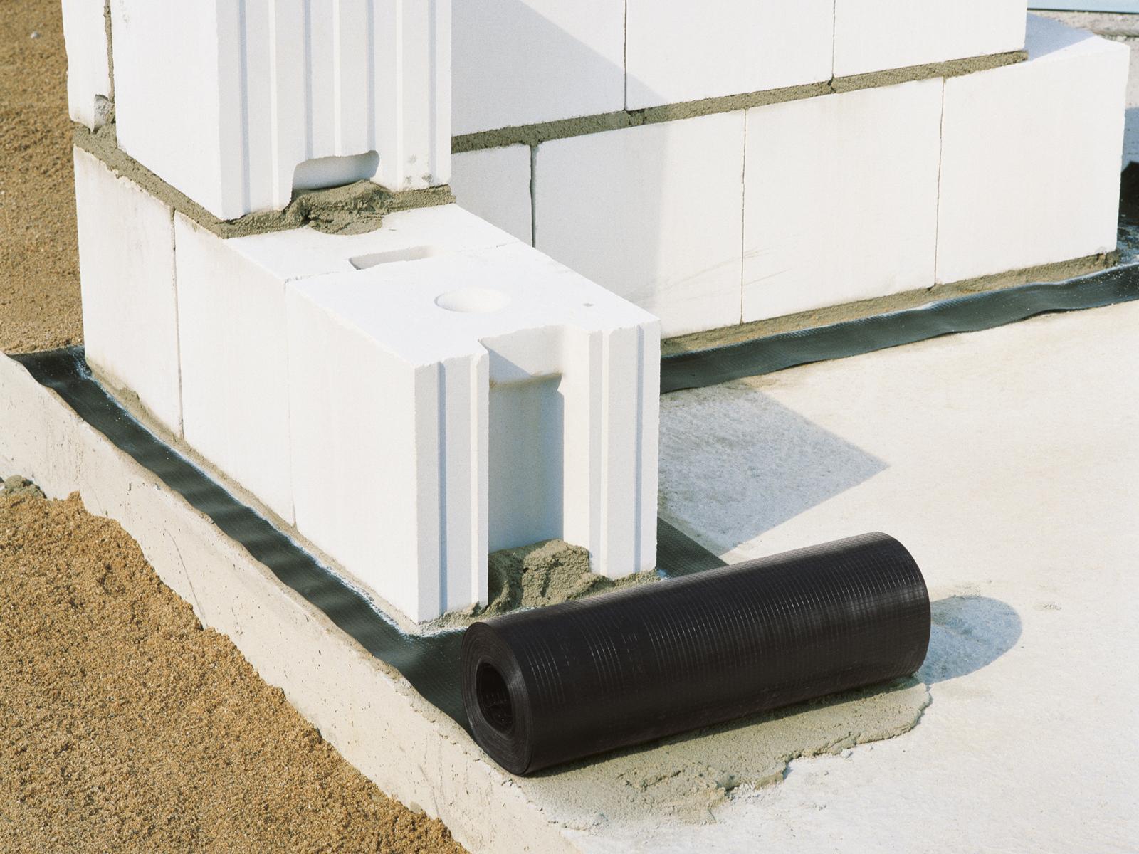 Горизонтальная гидроизоляция ленты